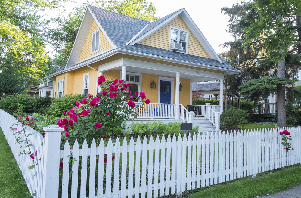 Choosing the Best Type of Front-Yard Fence