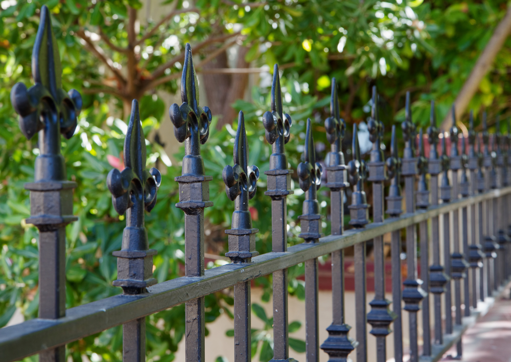 How to Keep Your Fence initsBest Condition