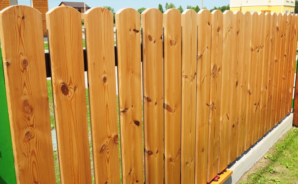 benefits wood materials fencing